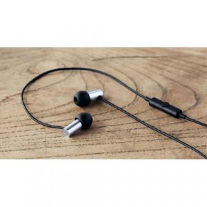 Final Audio E2000C - matt...