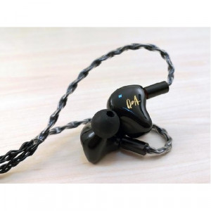 Queen of Audio (QOA) Pink Lady - black by KINERA